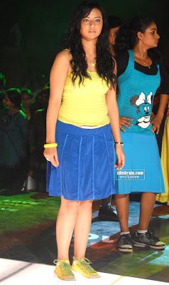 New Hot Actress ISHA CHAWLA Hot Sexy Masala pics