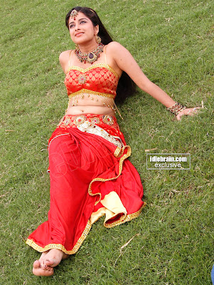 Cute and Lovely Telugu MASALA HOT Actress MADHURIMA Photo Gallery