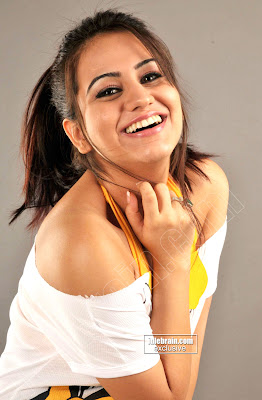 South Indian Cute Babe AKSHA Actress Lovely Photoshoot Gallery