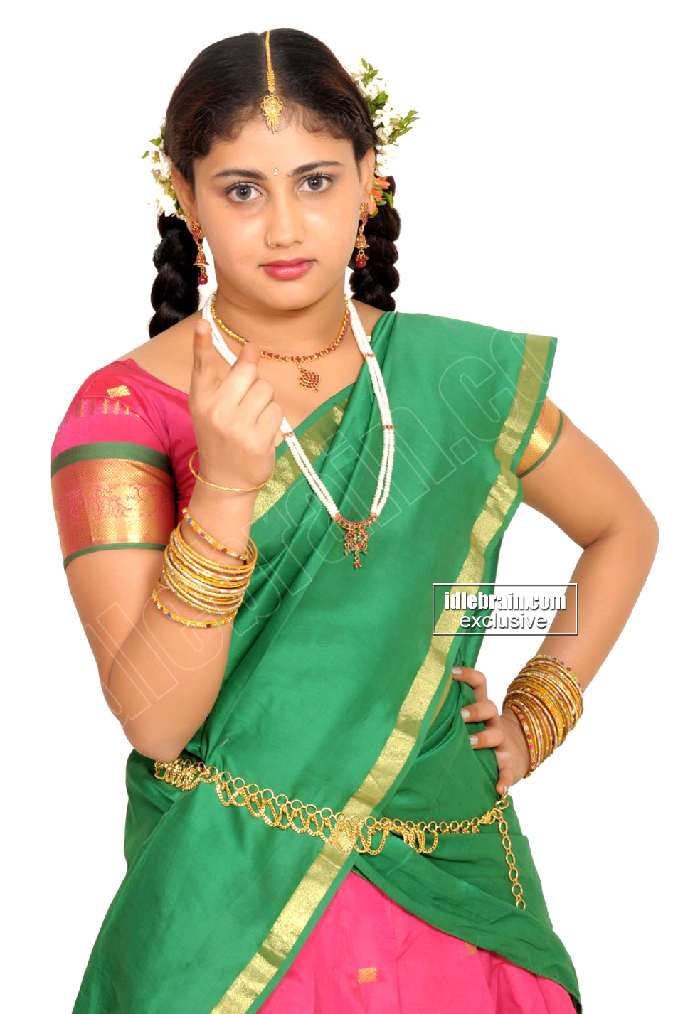 cute and hot tamil babe amrutha valli photoshoot gallery in tradtional ...