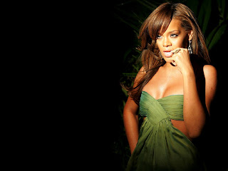 biography picture rihanna