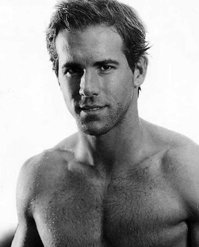 ryan reynolds bodybuilding. hot Ryan Reynolds: Hotter Than