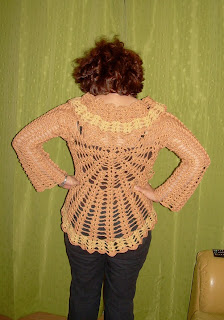 modelo del chaleco es de Bárbara Langman, de la página www.utilisima ...
