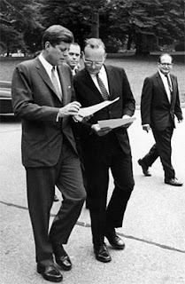 McGeorge Bundy - Wikipedia