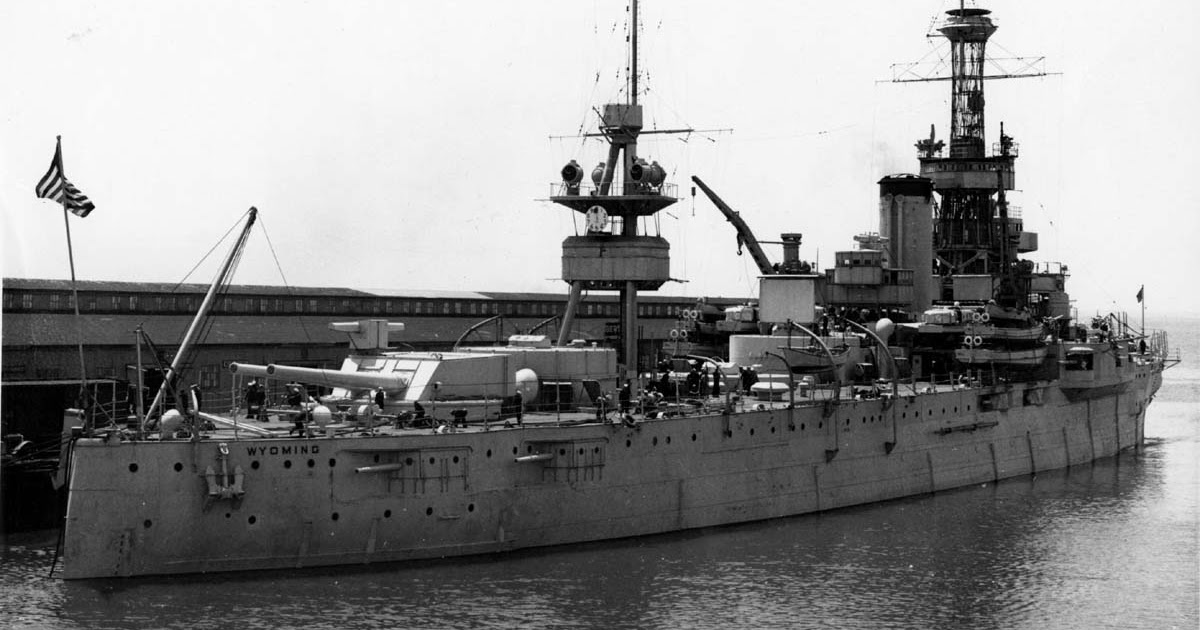 navy ship old battle ships of the us navy USS New Jersey USS New York LPD-21