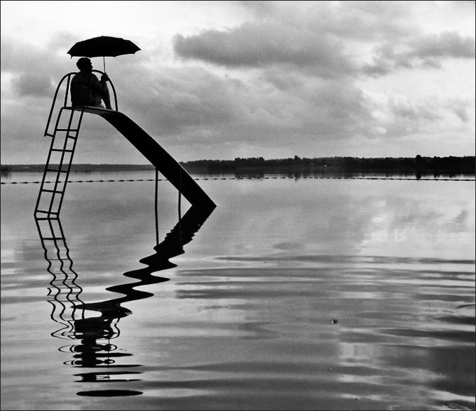 [in+the+rain]