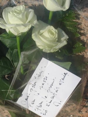 J'ai mis des roses Cimeti%C3%A8re+3+roses+11:09