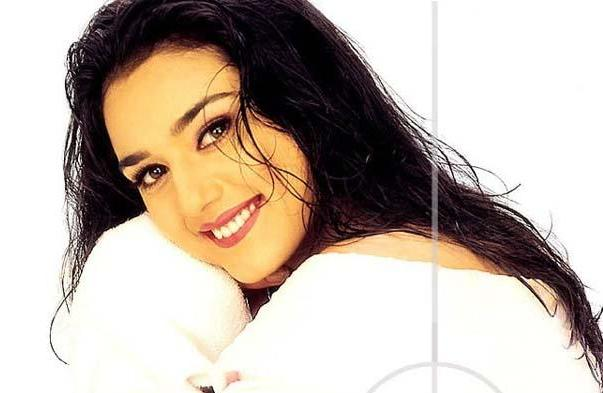Preity Zinta Bollywood Star Cool Picture Album hot images