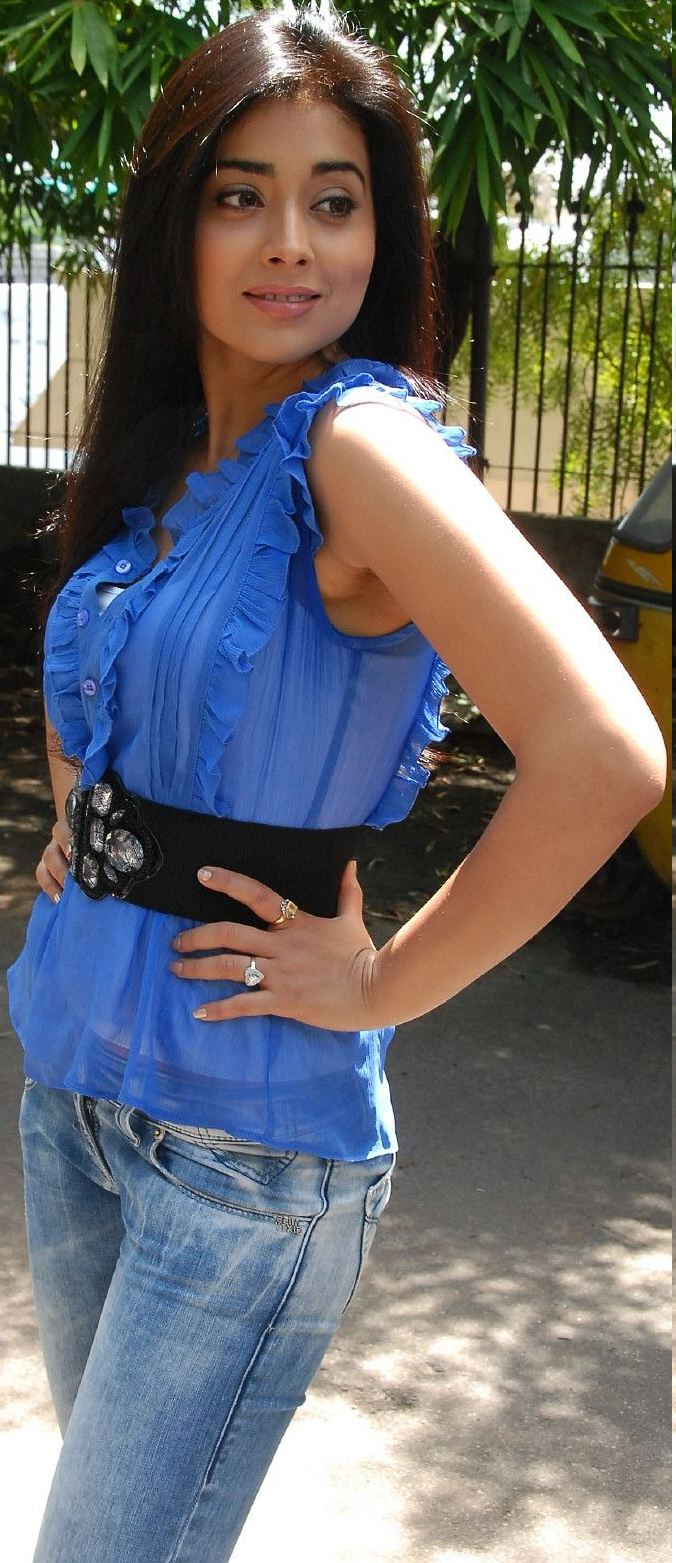 Shreya saran hot armpits in transparent blue shirt cleavage