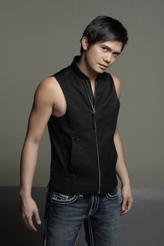 Vhong Navarro in Star Cinema's Bulong