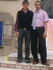 Împreună cu elevul Bogdan Munteanu ( clasa a X-a  C ), la Muzeul de Istorie şi Arheologie...