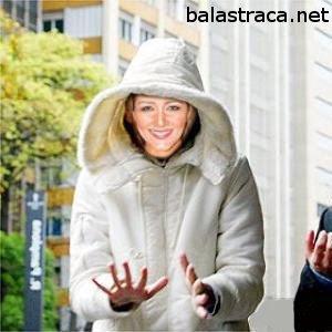 Nana Gouvea, nua, pelada, gostosa, bunda, fio dental, samba