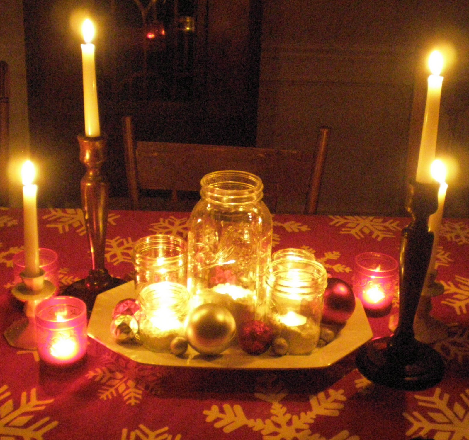 Candle light dinner table for two - Candlelight Dinner