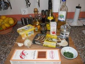 Ingredientes para el boletus strogonoff.