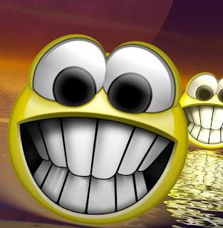 http://3.bp.blogspot.com/_aSE7bK5sMoM/TNIU9K3CebI/AAAAAAAAAJg/5jTo9lJj8GU/s1600/smile030.jpg
