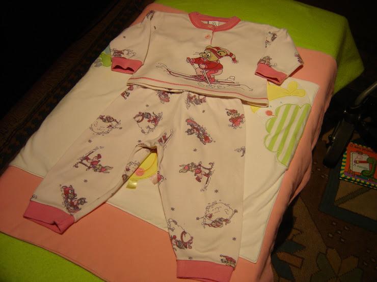 pijama , 6 meses, 2eur