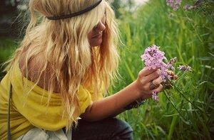 Tan corto el amor y tan largo el olvido..