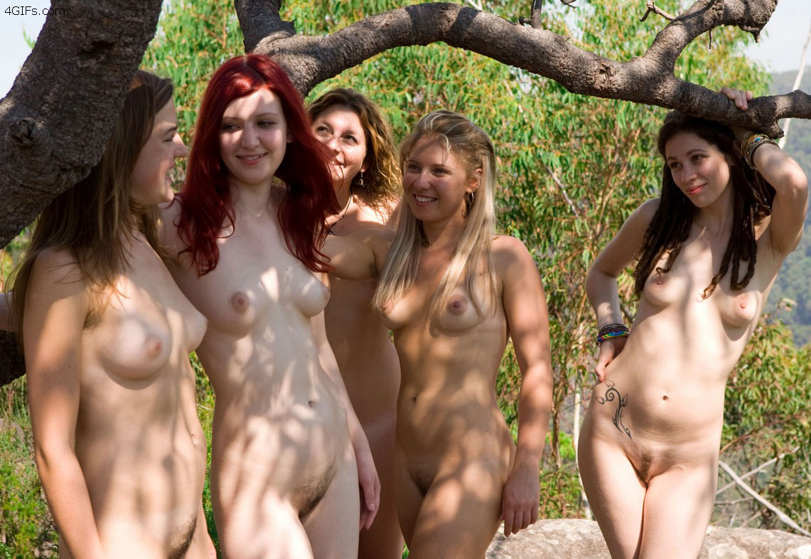 groups Am A Backyard Nudist