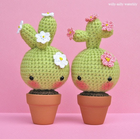 Amigurumi Cactus Istruzioni : Willy-Nilly Waterlily: March of the Amigurumi . . . and ...