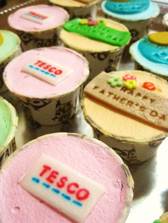 Edible Flowers For Cakes Tesco. . Halloween Wedding Cake Toppers Uk Halloween Cake Decorations ...