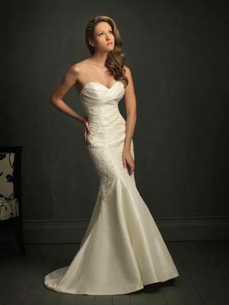 weddinggownsfashion2011 Mermaid wedding dress is one dress style is