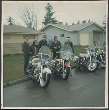 [riders+2]