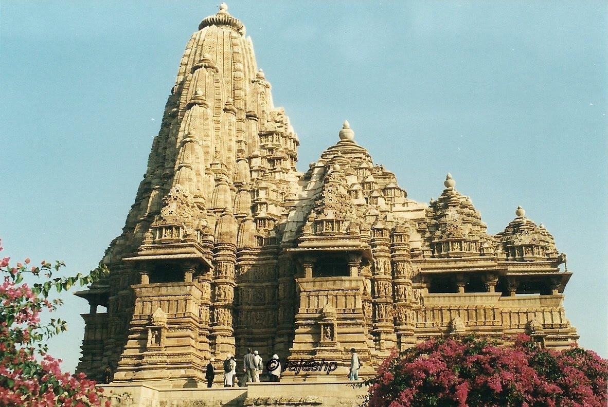 Kandariya Mahadeva Temple  KhajurahoKandariya Mahadeva Temple Inside