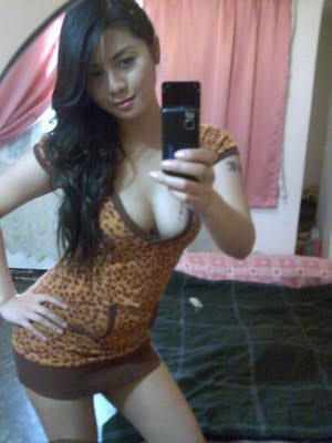 http://3.bp.blogspot.com/_aXy4zpNSjK8/TL3pH6hvBhI/AAAAAAAAALY/pmnYetDdWvg/s1600/foto+bugil+tante+suka+phone+sex.jpg