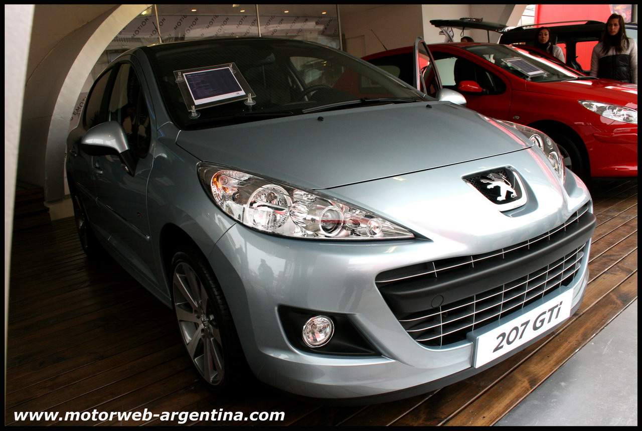 Sorpresa En La Rural De Palermo   Peugeot 207 Gti