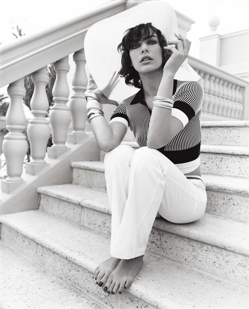 Beauty Milla Jovovich Photoshoot