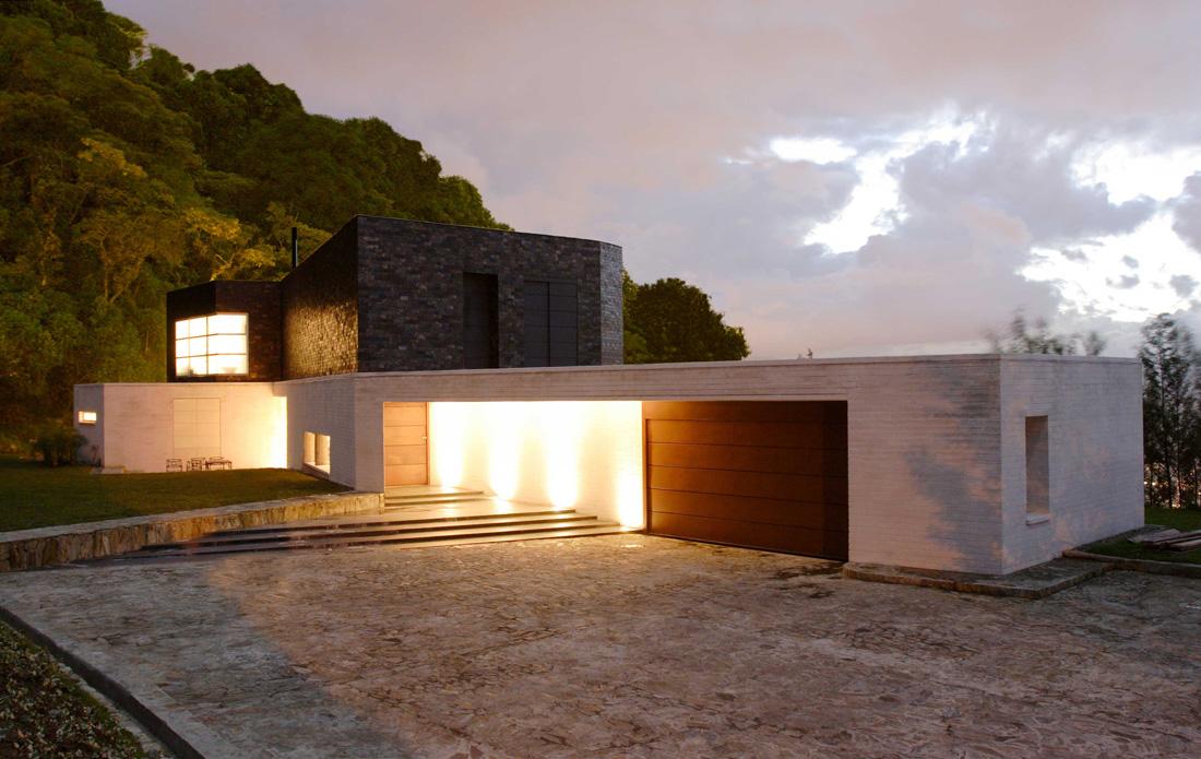 Colombia casas contempor neas skyscrapercity for Casa minimalista uy