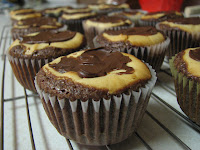 Peanut Butter Cheesecake Brownie Cups
