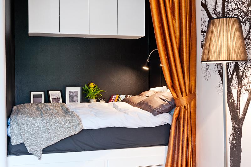 decoracao mini kitnet:olha a cama que linda! fica ali no cantinho sob uma cortina acetinada
