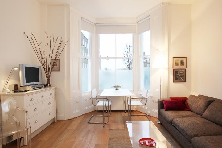 Achados de decoracao apto quarto sala com cozinha for Ver apartamentos pequenos