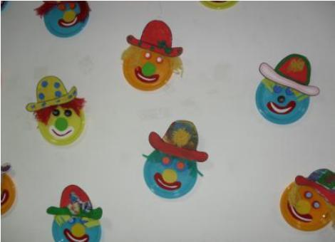 Máscaras com pratos de papel  Sem+t%C3%ADtulo