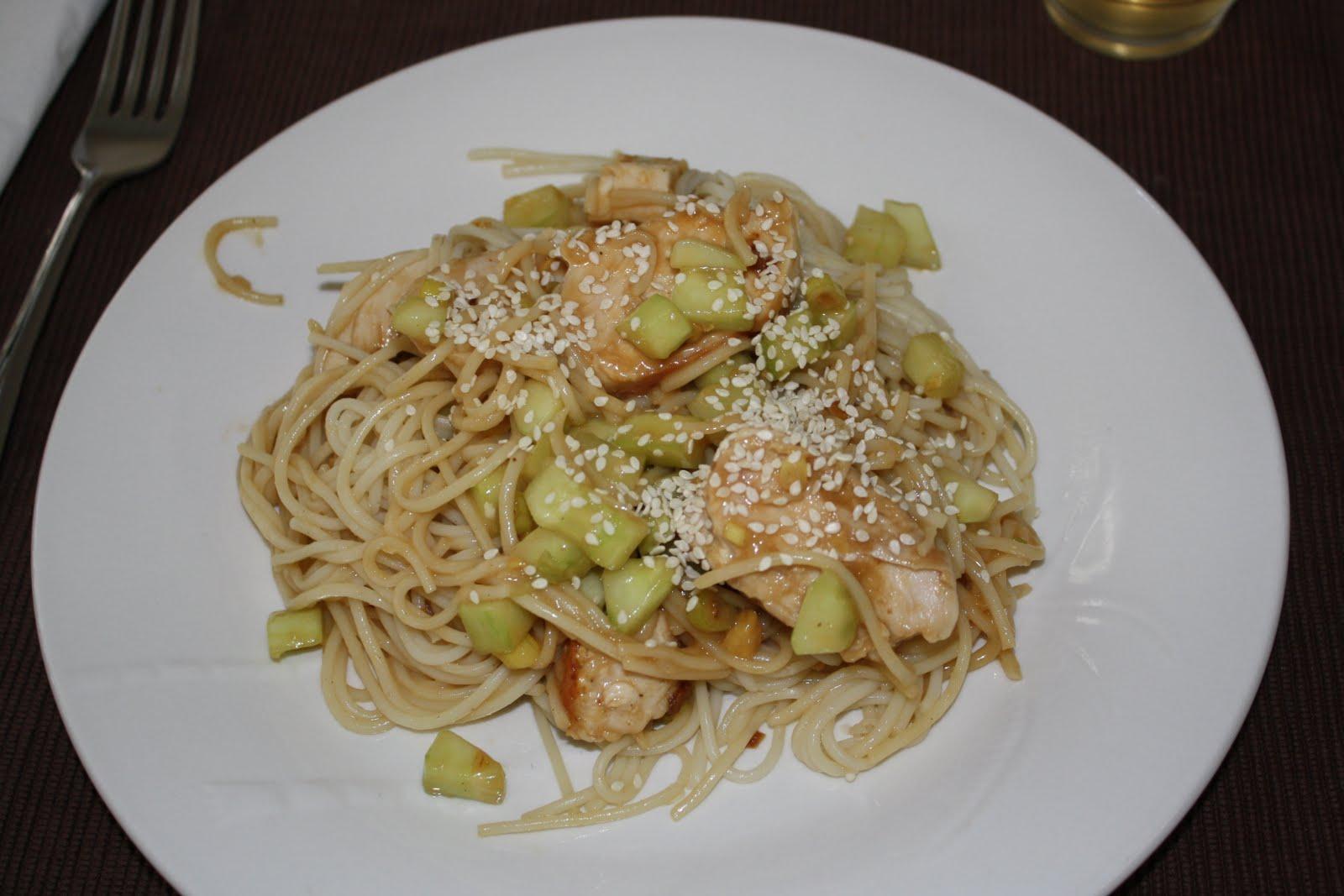 Lactose-Free Girl: Cold Peanut Sesame Noodles