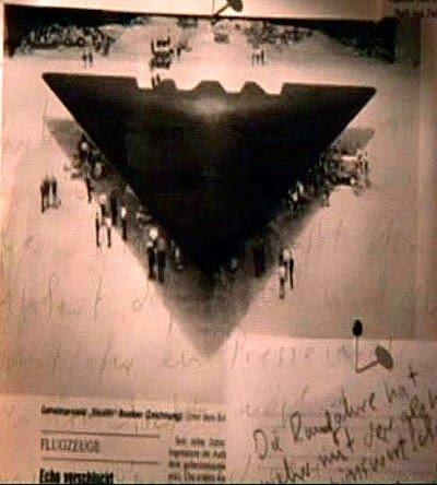 http://3.bp.blogspot.com/_airm5SxYQSM/TIXGR2Cst9I/AAAAAAAAARM/rDlt4i-R_E4/s1600/belgium_triangle_ufo.jpg