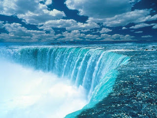 niagara falls, tourist attraction in canada
