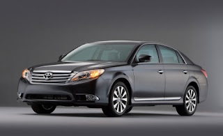 Mobil Toyota Avalon Terbaru 2011