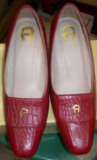 Model Sepatu Wanita Terbaru Keren Trendy Cantik 2011