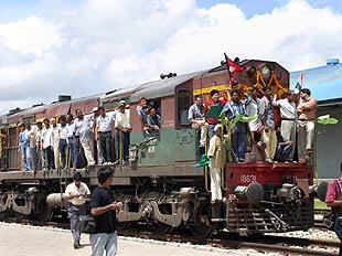 [india+train+2.htm]