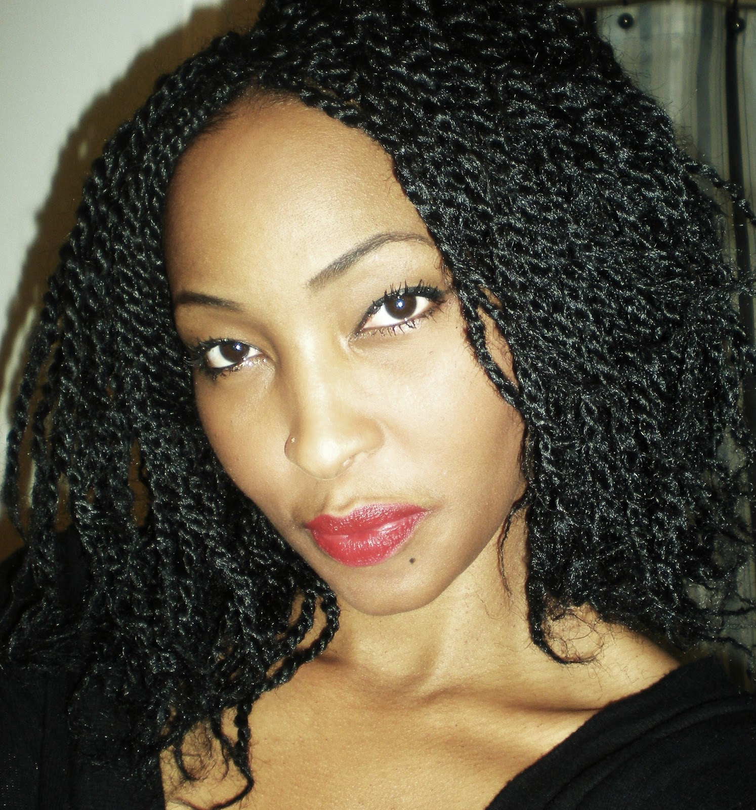 Protective Hairstyle: Kinky Twists Are Just What The Doctor Ordered title=