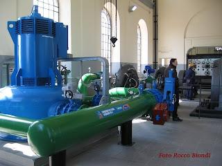 http://3.bp.blogspot.com/_ajQb7aB_1DE/ScAJccjPBzI/AAAAAAAAAqE/33mL1ac9zBo/s320/Centrale+idroelettrica+Villa+Castelli1.JPG