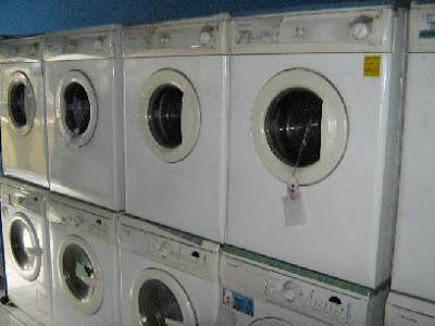 http://3.bp.blogspot.com/_ajuPUkBZI24/Svtl0clE2QI/AAAAAAAAACo/Pzw9p6Qsq9E/s400/mesin-cuci.JPG