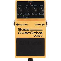 Teste do pedal para baixo Bass Overdrive ODB-3 da Boss na Central do Rock