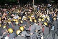 pro-Thaksin demo