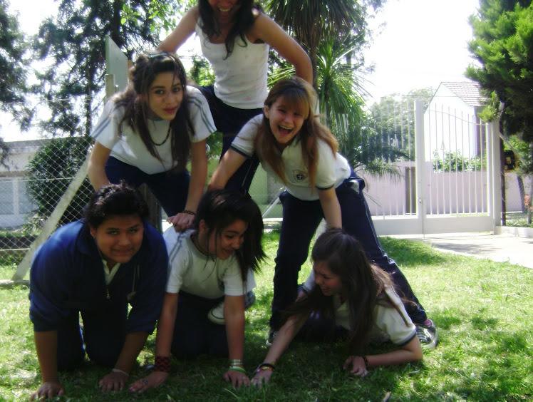 La pirámide de la vida; Nuestra pirámide IM PER FEC TA ♦
