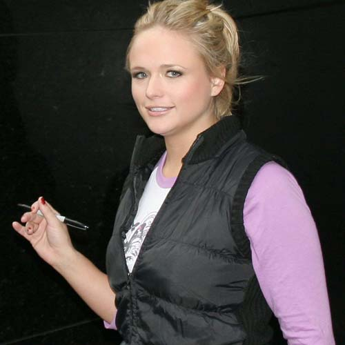 miranda lambert fat photos. is miranda lambert fat.