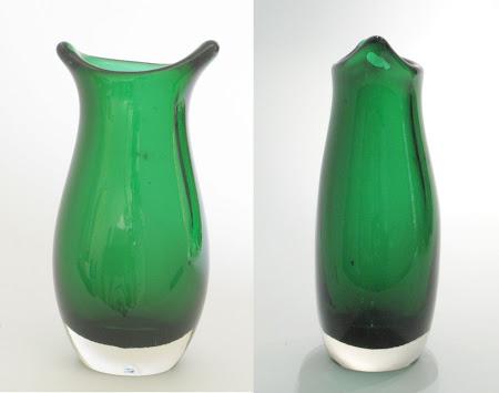 RARE Cat's Ears Vase pat. 9416
