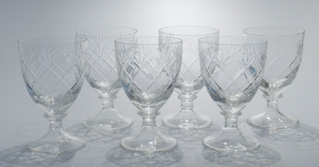 Set of 6 Claret Glasses pat M104